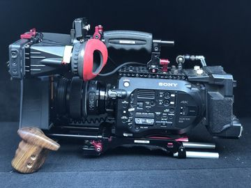 Rent: 2x Sony FS7 Package