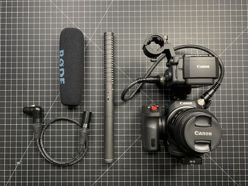 Canon XC15 W NTG2 -  CFAST Media and Batteries