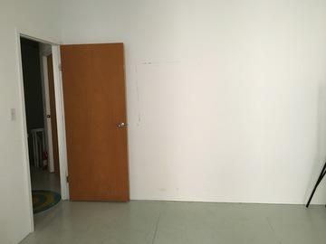 Rent: Bright Studio Space Available for Shoots *Check Description*