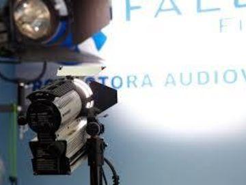 Dedo 200w HMI w/ projection lens attachment