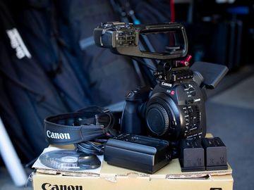 Canon EOS C100 with Dual Pixel CMOS Auto-Focus