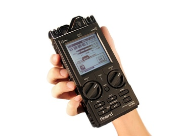 Rent: Roland R-26 6-Channel Digital Field Audio Recorder