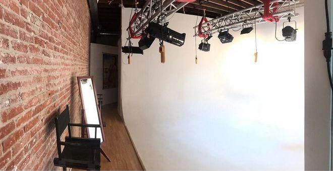 Runway Studio 1