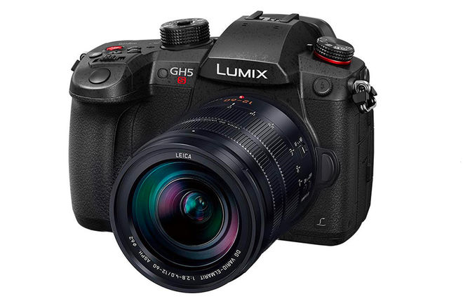 Panasonic Lumix DC-GH5S with Leica 12-60mm lens