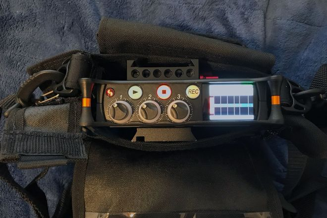 Sound Devices MIX-3 - Sony Wireless mic package- headphones