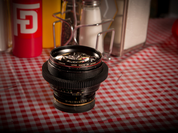Rent: Canon FD 85mm F1.2 - EF MOUNT