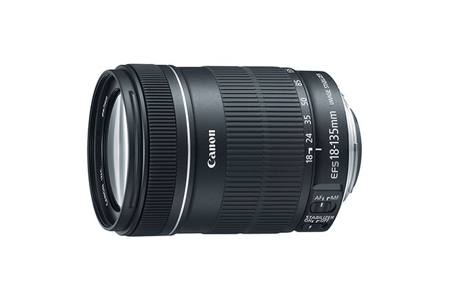 CANON zoom lense (18-135mm  f/3.5-5.6)
