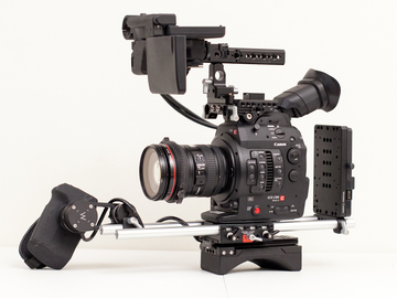 Rent: Canon C300 MkII EF w/ Shoulder Rig and 24-105 f/4L
