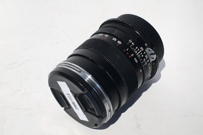 Zeiss Batis Distagon 25mm f/2