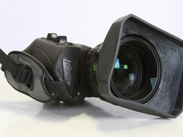 "Fujinon XS17X5.5 BRM-M38 1/2"" zoom lens with adapter"