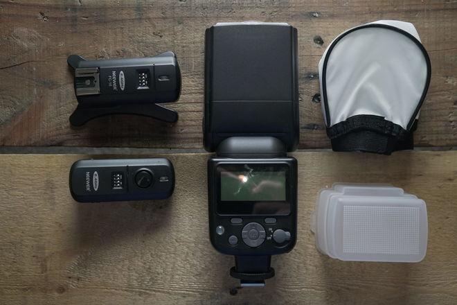 Wireless Speedflash with accessories