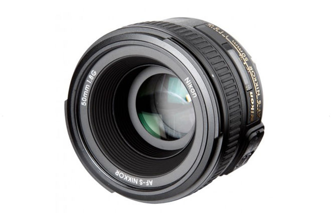 Nikon AF-S NIKKOR 50mm f/1.8G FX/DX prime Lens