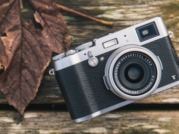 Rent: Fuji x100t w/ card and extra battery