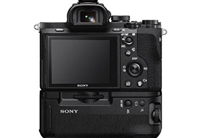 Sony Alpha a7S II W/ Battery Grip  Kit W/ 24-70 2.8 G Series