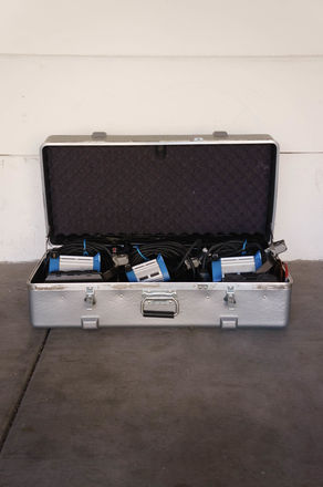 ARRI 300w + 650w Fresnel Compact 3-Light Kit