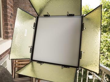 Rent: iKan Lyra Bicolor LED Panel Kit + Extras