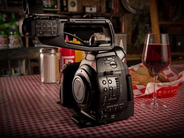 Canon C100 w/ Dual Pixel AF