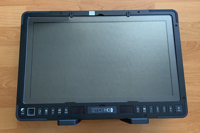 """SmallHD 1703 P3X 17"""" Monitor  with Gold Mount"""