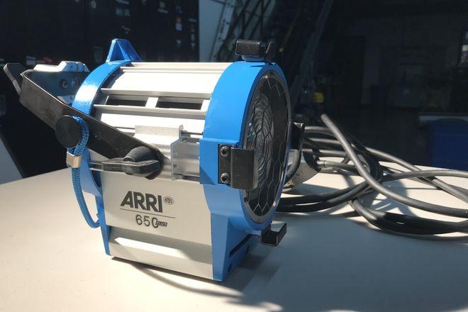 ARRI 650W Tungsten Fresnel 3-Light Kit
