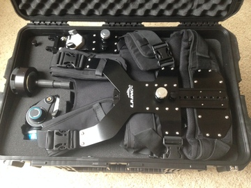 Rent: Motion Package -Portable dolly system & Laing steadicam