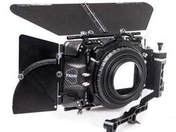 Rent: Tilta 4x5.6 Carbon Fiber Matte Box+wooden camera ff+Dovetail