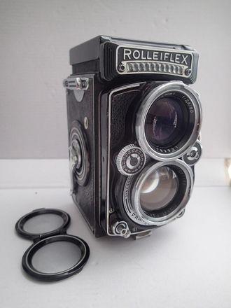Rolleiflex 2.8E Planar Medium Format Camera