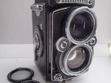 Rent: Rolleiflex 2.8E Planar Medium Format Camera