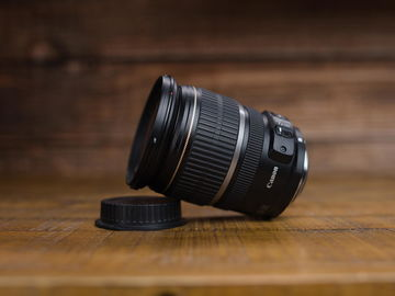 Rent: EFS 17-55mm f/2.8 IS Canon Lens