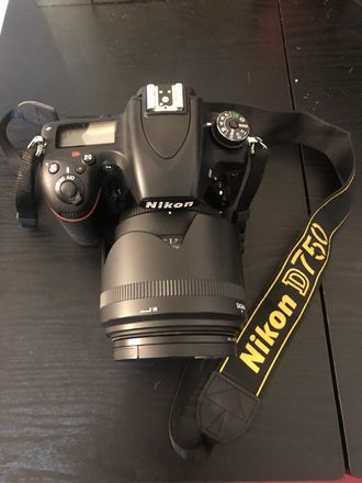 Nikon D750 with 5 lens available for rent