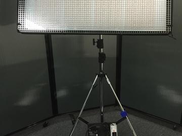 Rent: CUSH Light mat 4L BI-color w/ Light Stand and Sand Bag