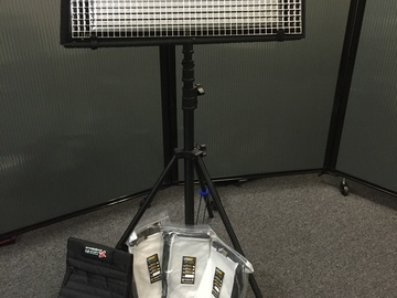 Rent: Litegear Litemat 1 BI-color w/ Light Stand