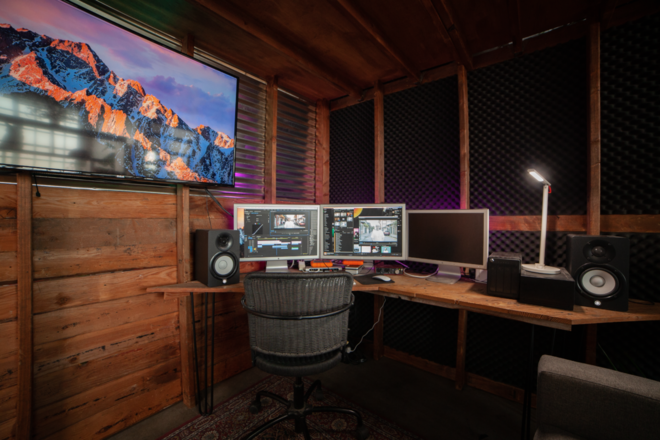 State-of-the-Art EDITNG SUITE in Unique Production Space