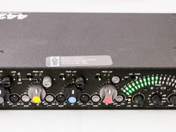 Rent: BASIC - SOUND DEVICES 442 PORTABLE 4-CHANNEL ENG FIELD MIXER