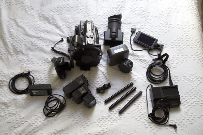 Sony FS7 Basic Package, Metabones Included