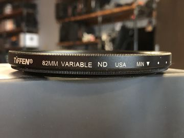 Tiffen 82mm Variable Neutral Density Filter (2 of 3)