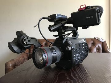 Sony FS7 Speedbooster Kit with lenses, tripod, and lav kit