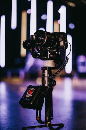 Blackmagic Design Pocket Cinema Camera 4K (Ronin-S Kit)