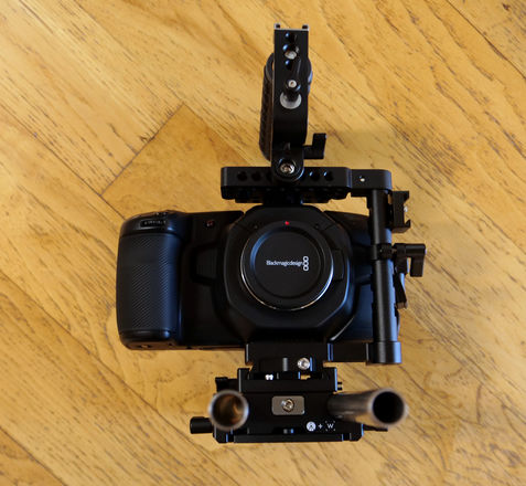 Blackmagic Design Pocket Cinema Camera 4K +Wooden Camera Rig