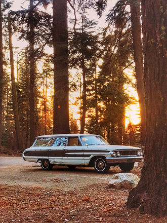 1964 9-Seater Ford Station Wagon Beach Cruiser Picture Car