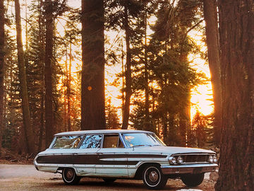 Rent: 1964 9-Seater Ford Station Wagon Beach Cruiser Picture Car