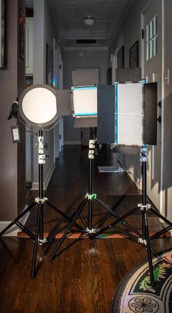 Portable 3 Point Bi-Color LED Dracast Light kit