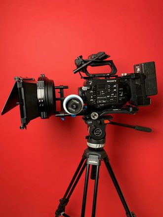 Sony FS7 XDCAM Super 35 Camera package w/lenses