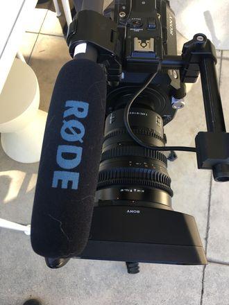 RØDE NTG2 Shotgun Microphone (Boom Option)