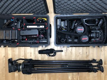 Canon C300 Mark II EF 4K Full Package Lenses Tripod V mount