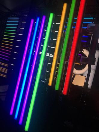 8x Pavolite 4' RGB Tube Light - Quasar RGB -Battery built in