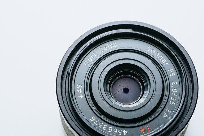 Sony FE Sonnar T* 35mm f/2.8 ZA