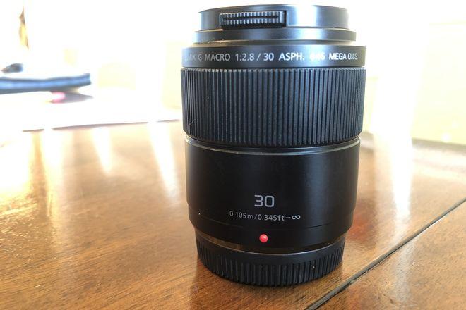 Lumix G Macro 30mm f/2.8 ASPH. MEGA O.I.S. Lens
