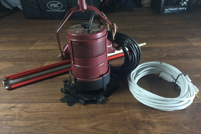 Teenie Mole 800w with Stand and Stinger