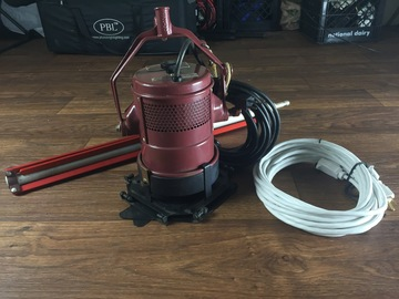 Rent: Teenie Mole 800w with Stand and Stinger