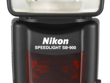 Nikon SB-900 AF Speedlight Flash for Nikon Digital SLR Camer